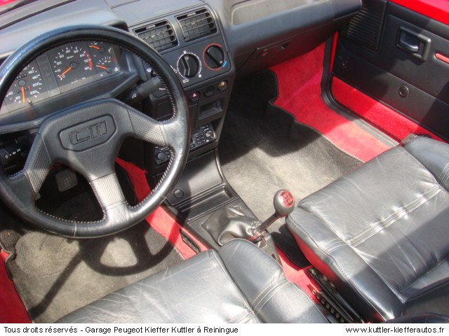PEUGEOT 205 GTI CTI 1.6L 115 CV 1992 - Voiture d'occasion