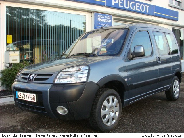 PEUGEOT PARTNER 2 L HDI GRAND RAID 2005 - Voiture d'occasion