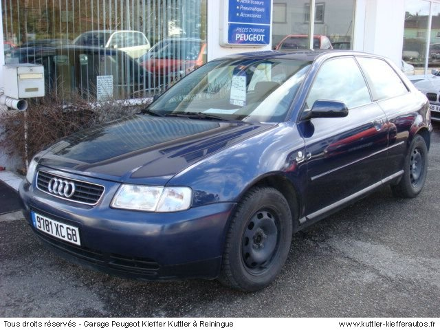 AUDI A3 1.8 ESSENCE 1996 - Voiture d'occasion