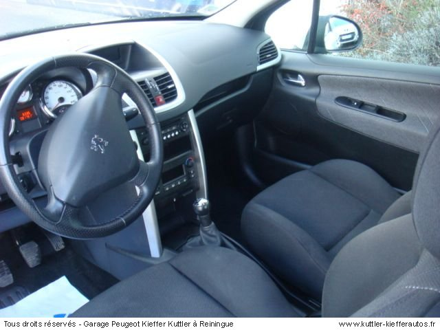 PEUGEOT 207 1.6 HDI 110CV SPORT PACK 2006 - Voiture d'occasion