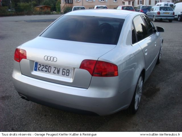 AUDI A4 TDI 116CV AMBIENTE 2005 - Voiture d'occasion