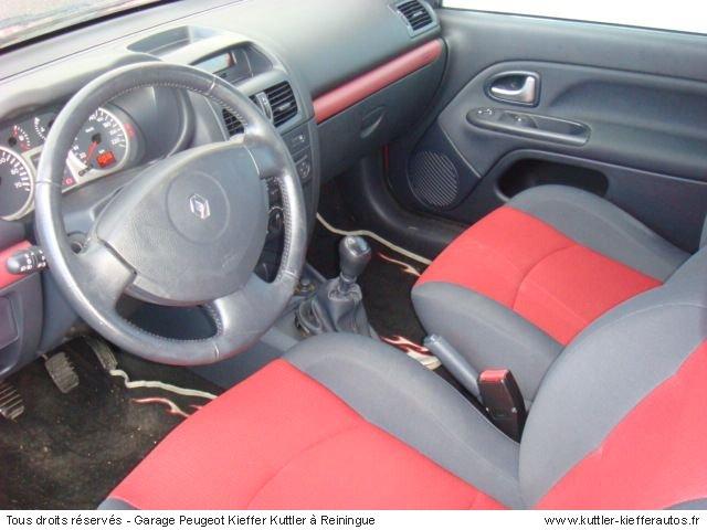 RENAULT CLIO 1.5L DCI 2003 - Voiture d'occasion
