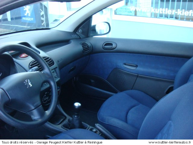 PEUGEOT 206 1.4L HDI PACK CD CLIM 2 PLACES 2005 - Voiture d'occasion