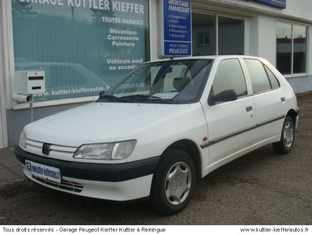 PEUGEOT 306 1.4L  ESSENCE 1997 - Voiture d'occasion