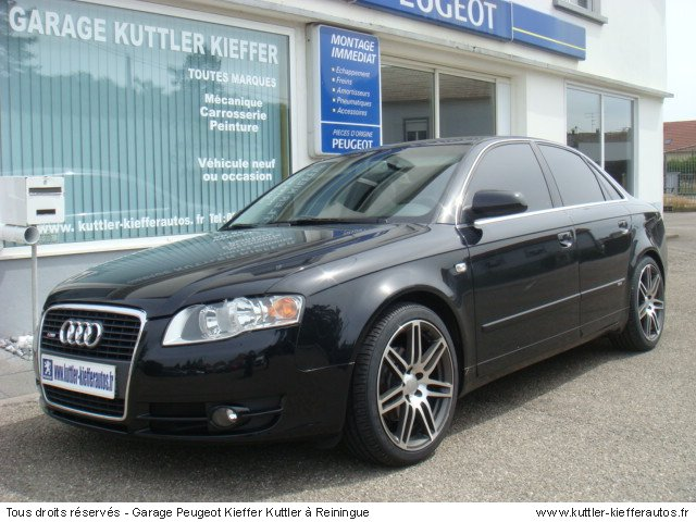 AUDI A4 AMBIENTE 1.9 TDI 116 CV 2006 - Voiture d'occasion