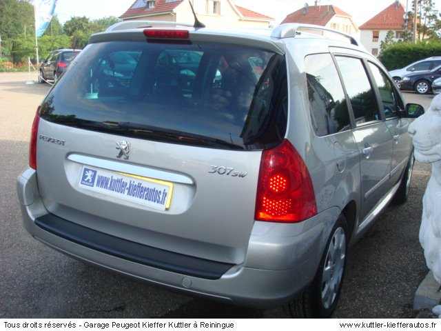 PEUGEOT 307 SW 1.6L HDI 110CV SPORT PACK 2006 - Voiture d'occasion