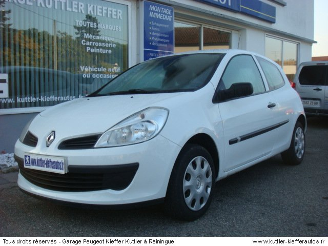 renault clio 3 1 5l dci 65cv societe 2008 occasion auto. Black Bedroom Furniture Sets. Home Design Ideas