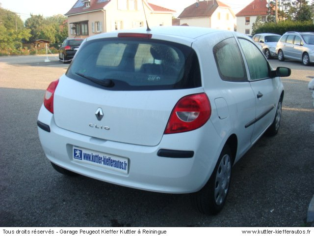 renault clio 3 1 5l dci 65cv societe 2008 occasion auto renault clio 3. Black Bedroom Furniture Sets. Home Design Ideas