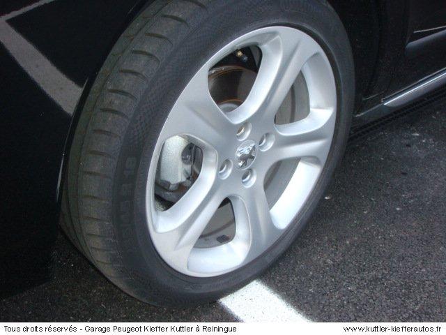PEUGEOT 3008 1.6L THP 156CV FELINE 2011 - Voiture d'occasion