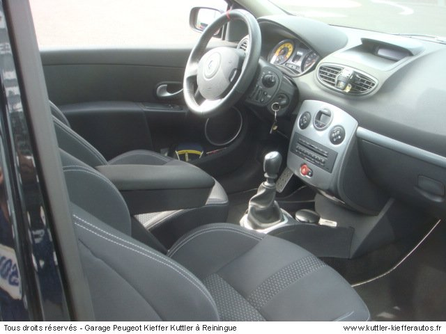 RENAULT CLIO 3 RS 2007 - Voiture d'occasion