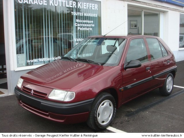 CITROEN SAXO 1.4L  ESSENCE 1998 - Voiture d'occasion