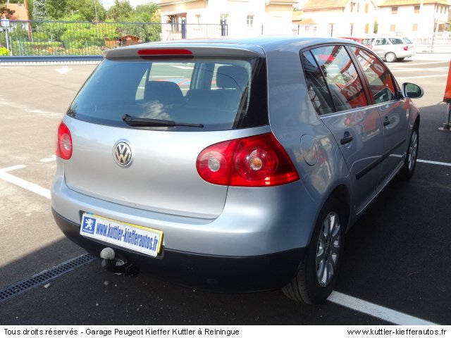 VOLKSWAGEN GOLF 5 1.6L CONFORT 2004 - Voiture d'occasion