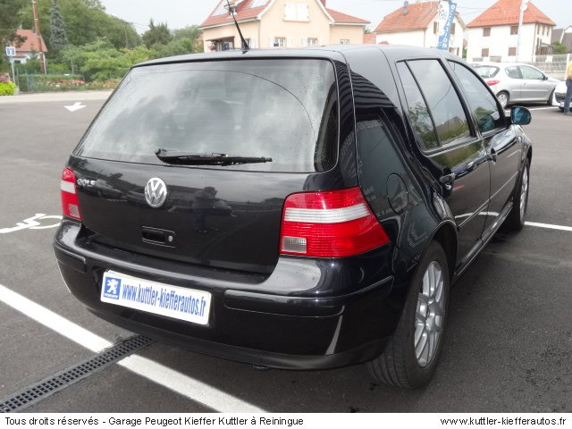 volkswagen golf 4 v5 bva 170cv essence 2001 occasion. Black Bedroom Furniture Sets. Home Design Ideas