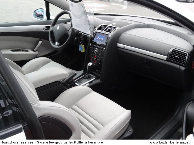 peugeot 407 coupe feline 3 0l v6 hdi 2011 occasion auto. Black Bedroom Furniture Sets. Home Design Ideas