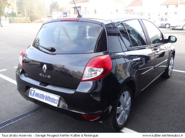renault clio 3 tom tom 1 5l dci 85cv 2010 occasion auto renault clio 3. Black Bedroom Furniture Sets. Home Design Ideas
