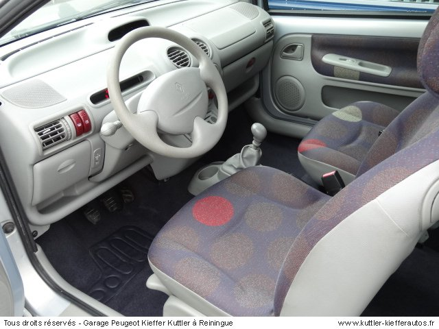 renault twingo 1 2l eesence 2001 occasion auto renault twingo. Black Bedroom Furniture Sets. Home Design Ideas