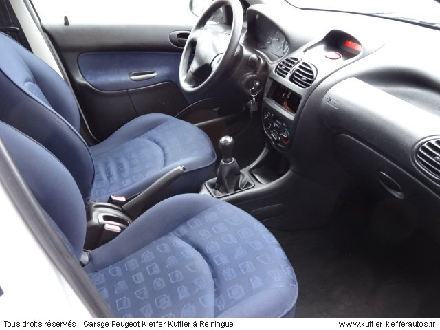 peugeot 206 1 4l hdi 5 portes 2003 occasion auto peugeot 206. Black Bedroom Furniture Sets. Home Design Ideas