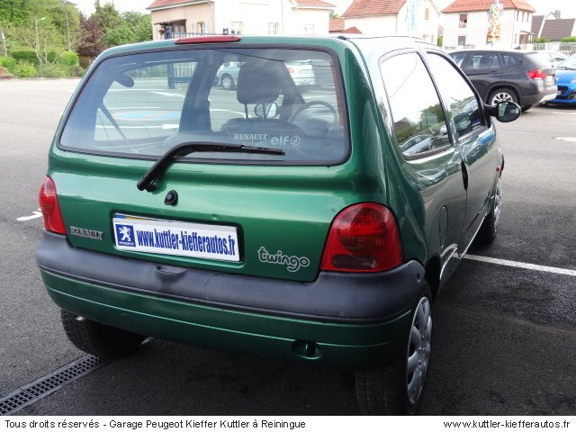 renault twingo 1 2l essence 2002 occasion auto renault twingo. Black Bedroom Furniture Sets. Home Design Ideas