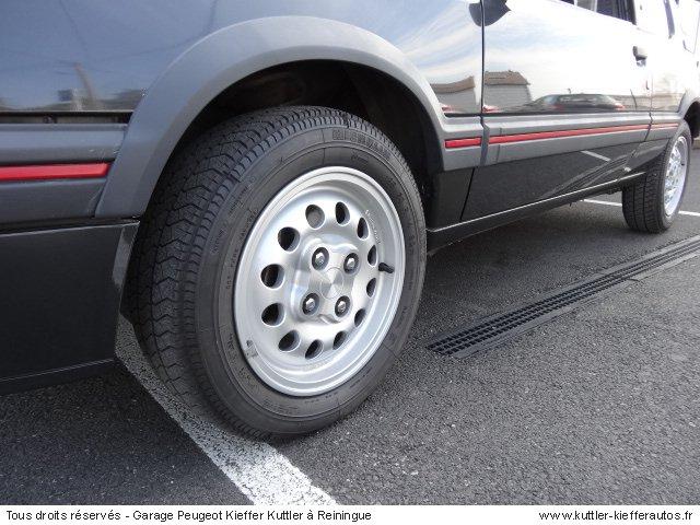PEUGEOT 205 GTI 1.6L 105CV 1984 - Voiture d'occasion