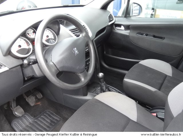 PEUGEOT 207 1.4L HDI . 2007 - Voiture d'occasion