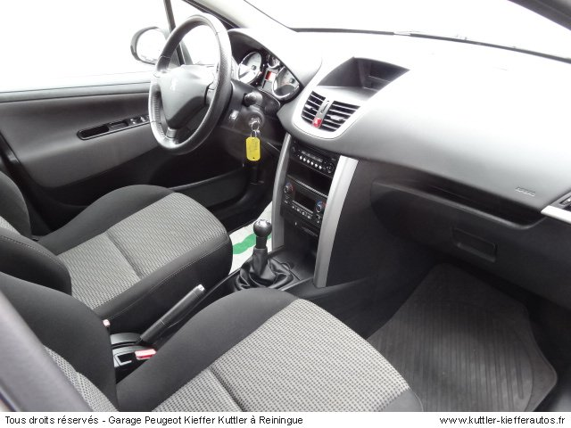 PEUGEOT 207 1.4L HDI 2011 - Voiture d'occasion